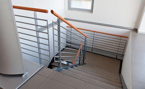 Realizzazione scala in acciaio per interni