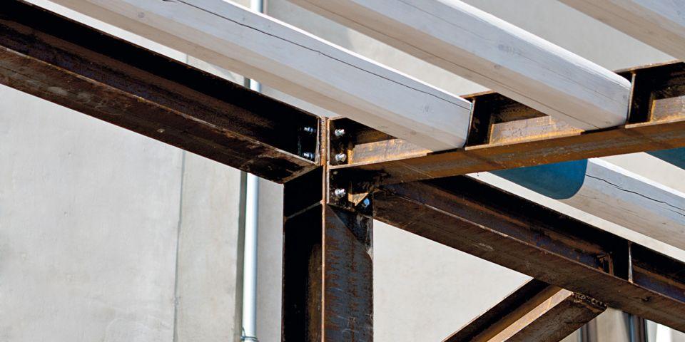 Realizzazione di struttura in acciaio per casa in centro - Casa in acciaio prezzo ...