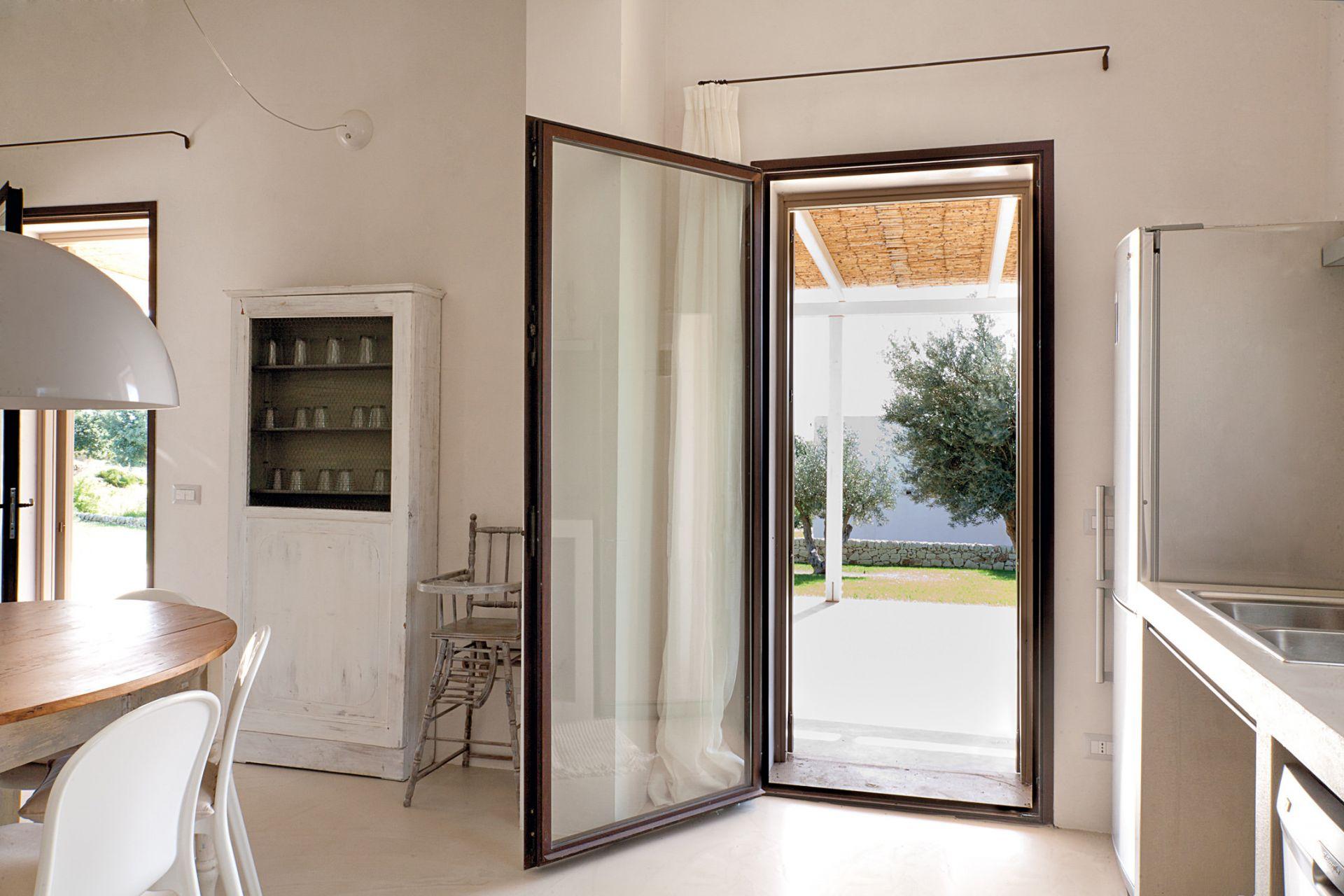 Infissi in acciaio corten a taglio freddo per villetta scicli sicilia - Porta finestra misure ...