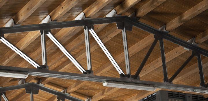 Realizzazione di coperture in acciaio e ferro macauda modica ragusa sicilia for Capriate in ferro